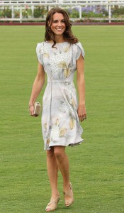 kate-middleton-polo-outfit-image-3-909994565